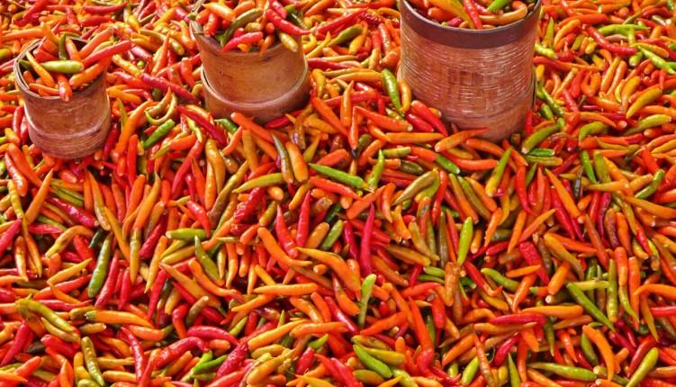 les piments du marché de Saint-Paul à la Réunion