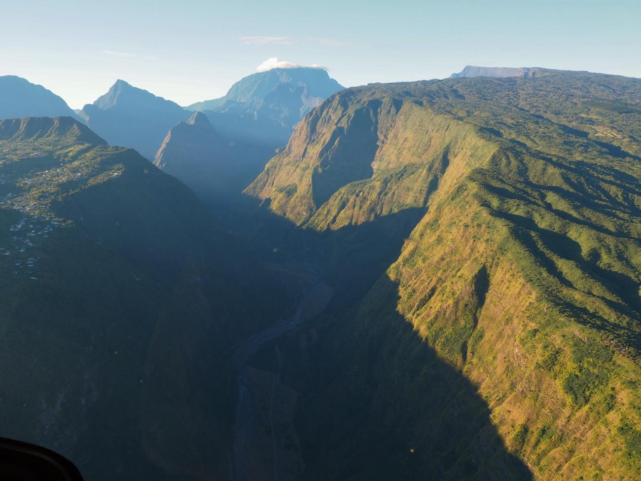 Mafate avec l'hélicoptère à la Réunion