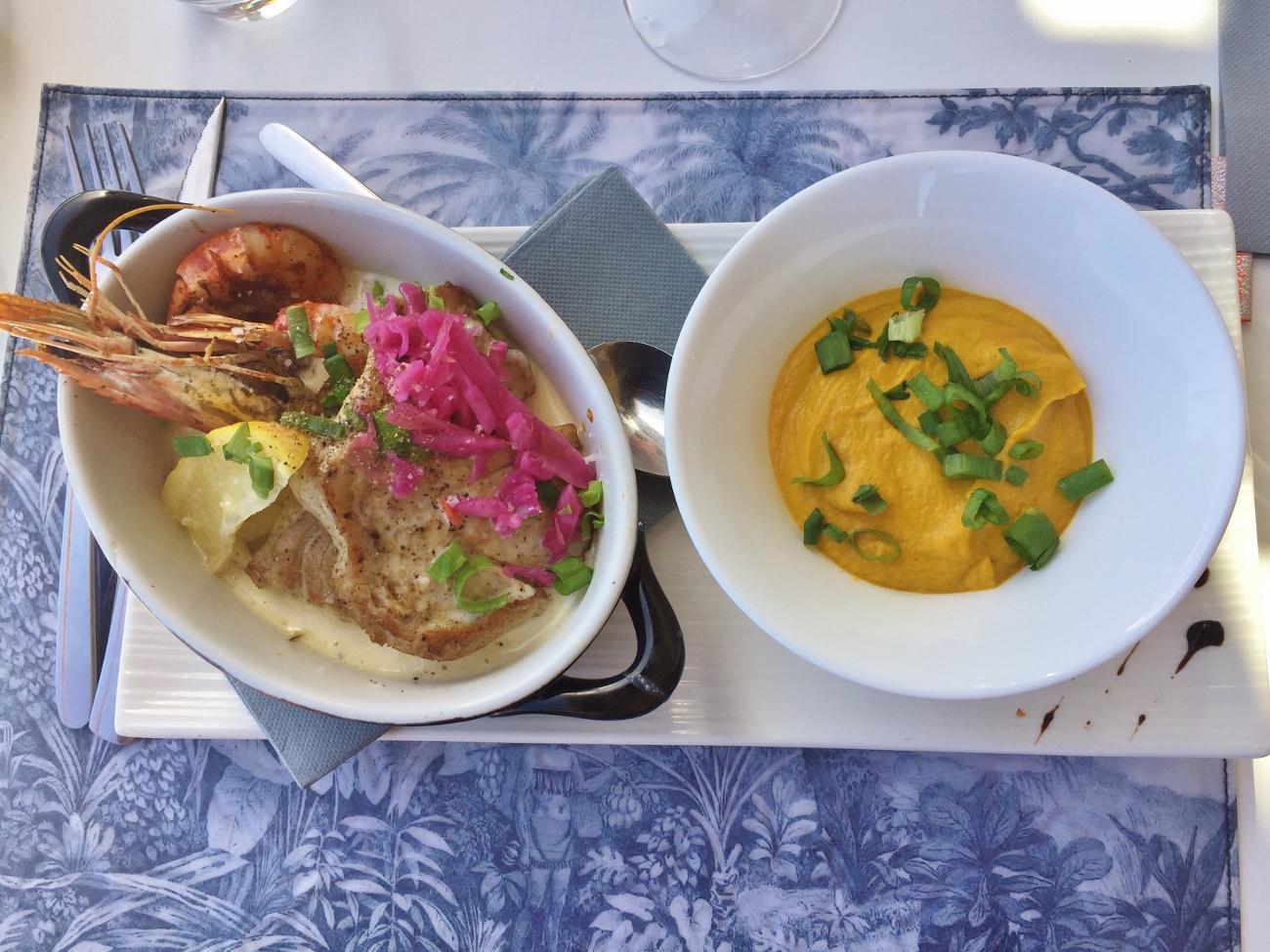 Cassolette de la mer (plat à la carte du restaurant l'esplanade à saint gilles)