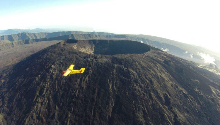 ULM à la Réunion et le volcan